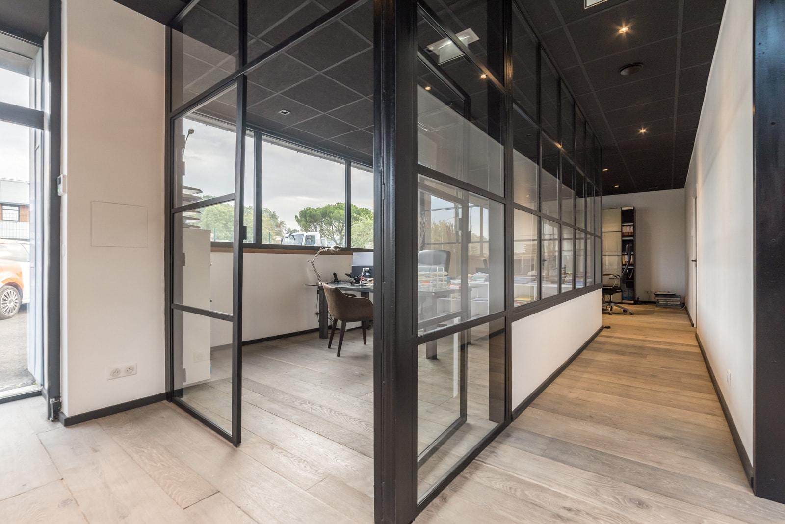 r novation de bureaux locaux industriels servon acr b timent. Black Bedroom Furniture Sets. Home Design Ideas